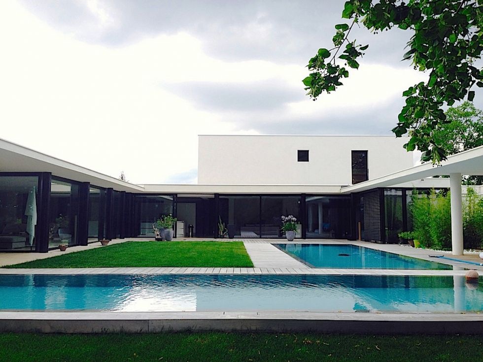 Stunning plan d une maison de luxe moderne contemporary for Maison moderne de luxe interieur